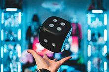virtual games hand